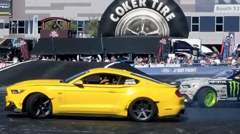 2017 Roush Mustangs drifting