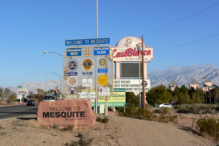 Image of Mesquite Nevada town entrance