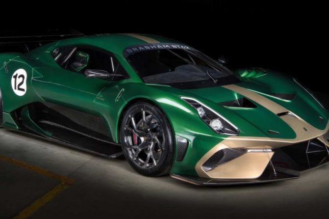 Brabham BT 62 in Australian colors - green and gold
