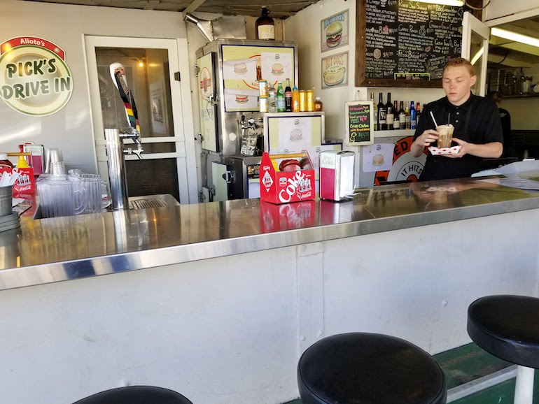 Root beer float being served at Picks Cloverdale California