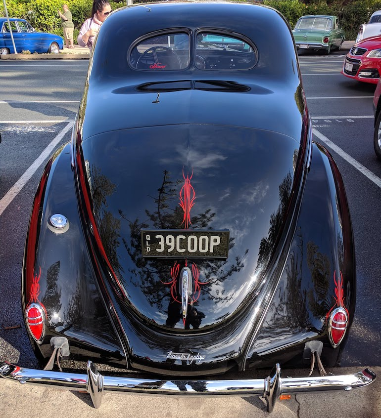 Lincoln Zephyr V12 1939 lowrider coup