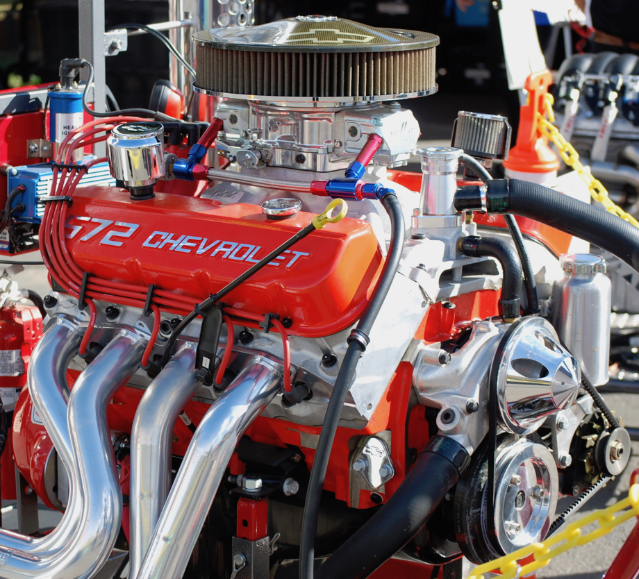 Chev's big block 572 cubic inch ZZ572/720R photo of right side