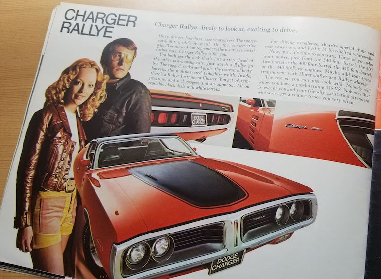 1972 Dodge brochure featuring Charger Rallye
