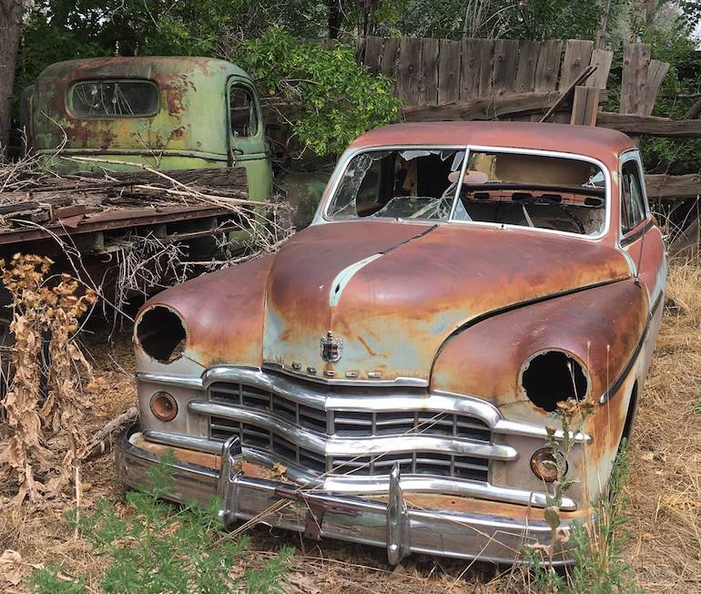 1949 Dodge sedan ready for parts or restoration